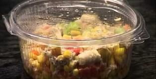 Sallatë me pulë të grirë