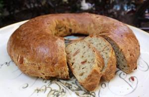 Bukë me proshutë dhe djath