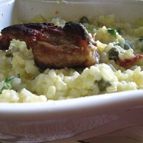 Pilaf me mish dhe vezë