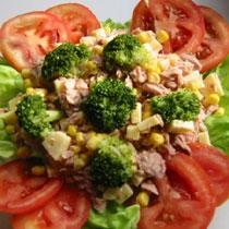 Sallatë me ton e brokoli
