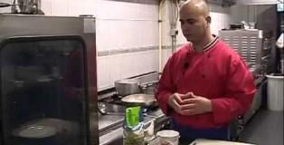 Filetë pule me Pasta bio integrale