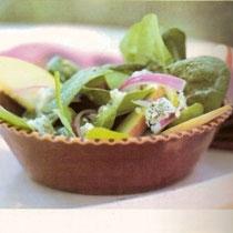 Sallatë me spinaq dhe mollë